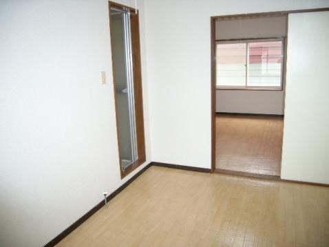 マクセル16/100 205号室賃貸物件_室内写真01